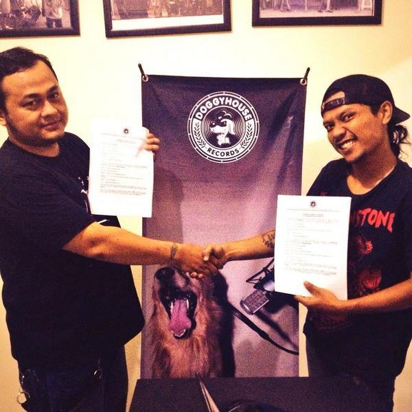 sign kontrak DHR - Sangkakala
