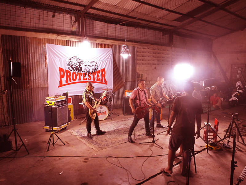 Pembuatan Video Klip Skinhead di Photographer Lounge