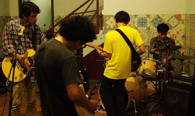swells-foto-band